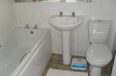 Kitchen fitters, bathroom installers Swindon, Wiltshire