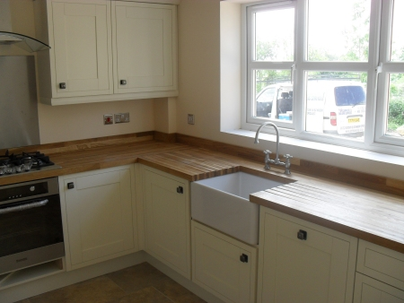 Kitchen fitters, bathroom installers Swindon, Wiltshire, solid oak block worktops fitted