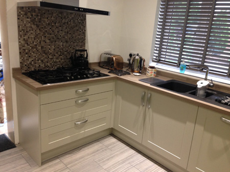 Kitchen installers in Cirencester Gloucestershire, kitchen carpenters
