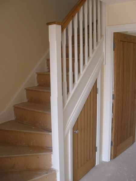 Bespoke staircases Fairford Glos, made to measure staircases Cirencester Glos, stairs made and installed in Cirencester